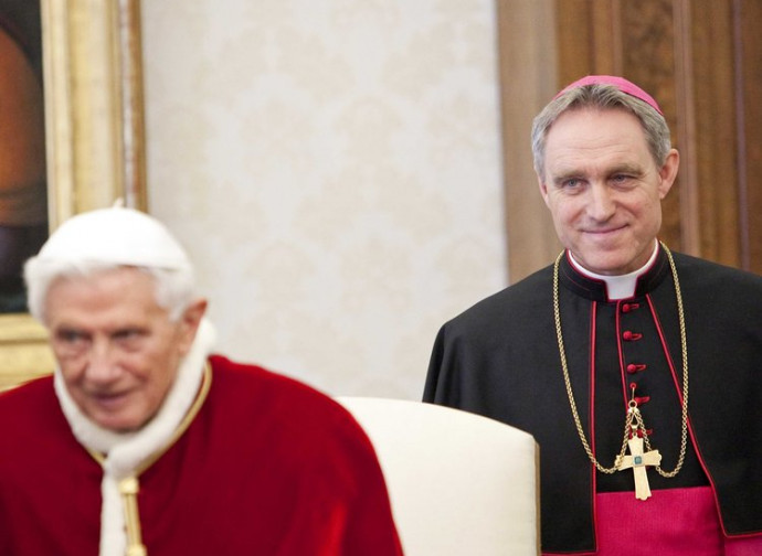 Pope Benedict XVI and bishop Ganswein