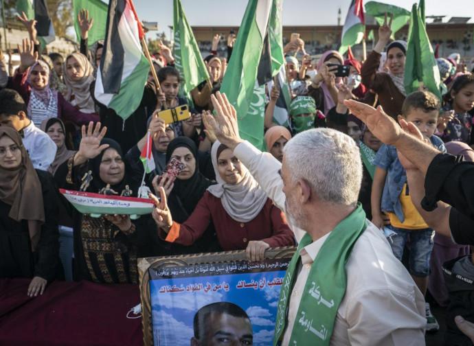 Hamas leaders cheered in Gaza