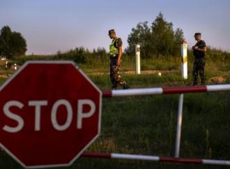Central Europe builds walls, sends EU into crisis