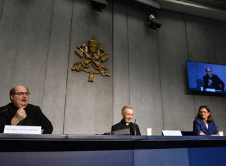 A moment of the press conference to present Samaritanus Bonus